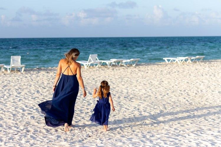 C.Bien-êtreCoups de coeur, essentiel, esthederm, famille, MAHA, plage, Rose  Buddha, soleil, voyageLaisser un commentaire 0167a2e086dd